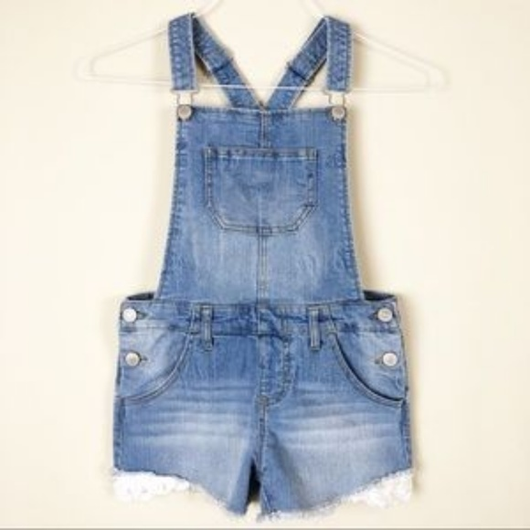 7a4027195e3 Girls Overalls w  lace detail on shorts